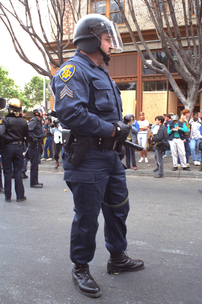Livermore Police officer on Telegraph.
