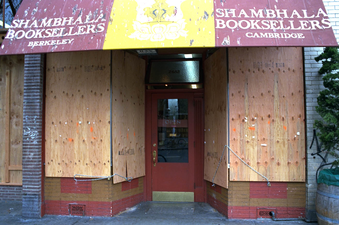 Shambhala Booksellers, Telegraph Avenue, during the People's Park riots. Berkeley 1991